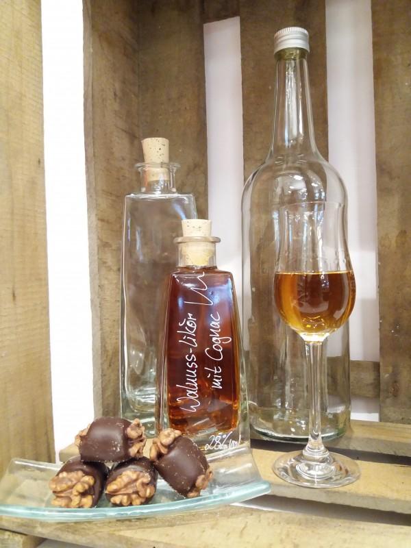 Walnuss-Likör mit Cognac